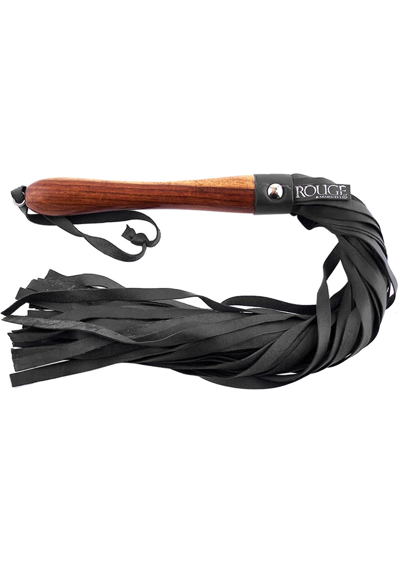 Rouge Wooden Handle Leather Flogger Black