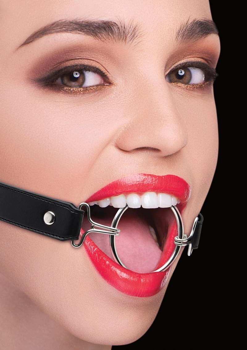 Ouch! Ring Gag XL With Leather Straps - Black